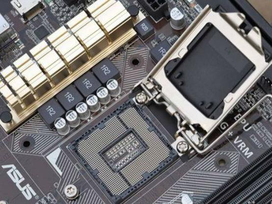 英特尔10代桌面处理器将更换为LGA 1200插槽